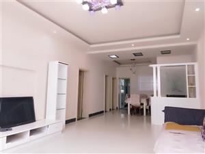 荔香林小区3室2厅2卫52.8万精装三楼