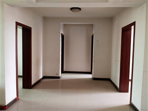 温馨家园2室 4厅 2卫82万元
