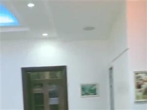 紫鑫庭院3室 2厅 2卫75万元