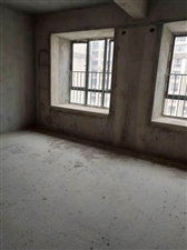 百福豪城套房出售加车库4室 2厅 2卫168万元
