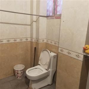 筠洲医院3室 1厅 1卫750元/月