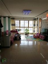 紫轩二期3室 2厅 1卫135平米6楼好房