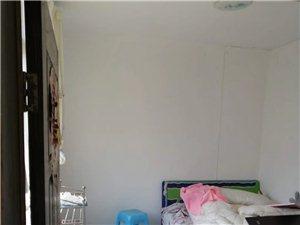 黄土坎2室 1厅 1卫8.8万元