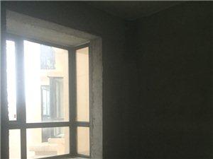 高盛星河湾3室 2厅 2卫79万元