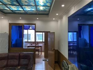 城南粮站3室 2厅 1卫47万元