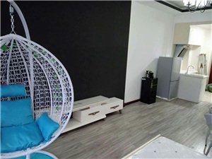 云开国际单身公寓出租,一室一厅一厨一卫,精装修,拎