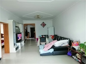 城北路143平米3室2厅1厨1卫,精装修关门卖证满