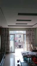 领秀边城三室两厅两卫35.8万