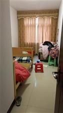 中山苑小区4室 2厅 2卫62万元