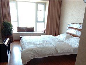 麒龙城市广场1室 1厅 1卫15000元/月