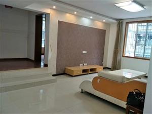 书院路锦翠花园3室 2厅 2卫1250元/月