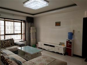 皇家翰林精装2室 2厅 1卫1300元/月包物业