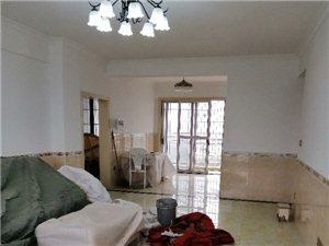 芳园新城3室 2厅 2卫65万元