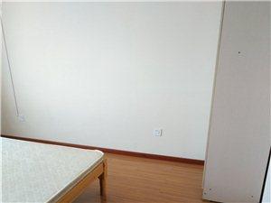 霍邱旭日尚城4室 1厅 1卫500元/月