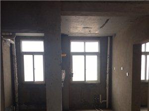 金景帝景小区3室 2厅 2卫全款45万元