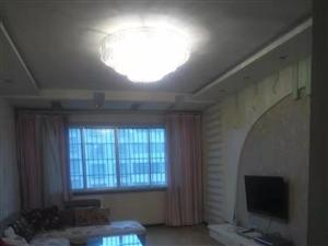 紫江花园3室 2厅 2卫1066元/月