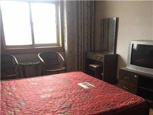 农机局宿楼3室 1厅 1卫1000元/月