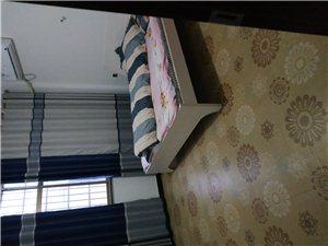 紫兴新城3室 1厅 2卫1000一个月