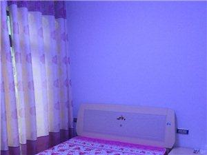 黔龙阳光国际二期3室 2厅 2卫2000元/月