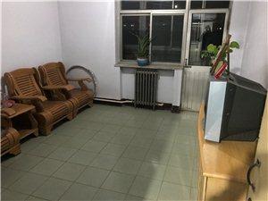 装饰公司住宅楼2室 2厅 1卫709元/月