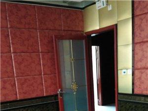 龙兴源小区13室 1厅 1卫8000元/月
