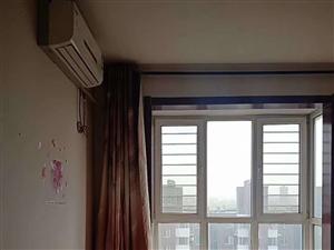 新东城2室 2厅 1卫917元/月