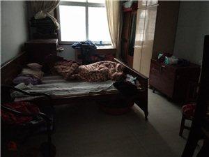 粮食局家属院3室 2厅 2卫75万元