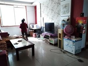 鳌峰中学旁3室 2厅 1卫40.8万元