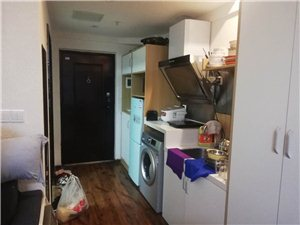 好租房来了,麒龙广场单身公寓,34平米一室一厅一厨