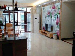 怡和苑4室 2厅 2卫2500元/月