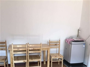 兴贤街1室 1厅 1卫800元/月