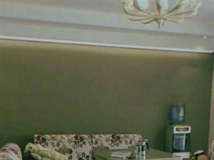 悦清雅苑对面6楼  精装修3室  家具齐全 低价出