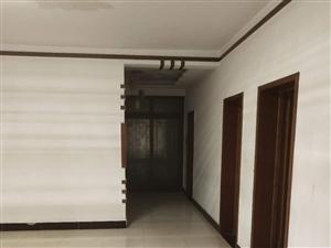 地热小区3室2厅2卫 1400元/月,拎包入住