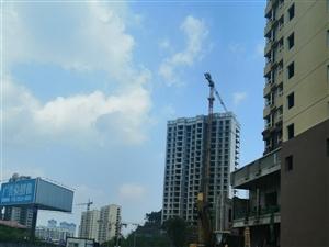 南江广场附近漂亮复式楼降价了5室 1厅 1卫78.8万元
