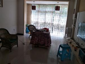 龙腾盛锦苑3室 2厅 2卫1350元/月