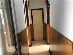鹤塔小区3室 1厅 1卫500元/月