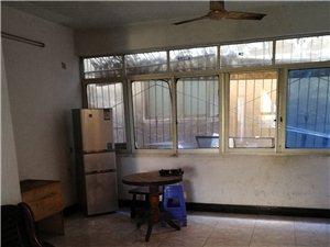 桂花街3室 2厅 1卫500元/月