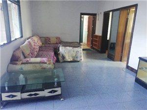 西大街3室 2厅 1卫15000元/月