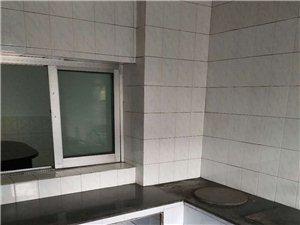 水东家属房3室 2厅 1卫900元/月