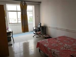 电力小区3室 2厅 1卫666元/月