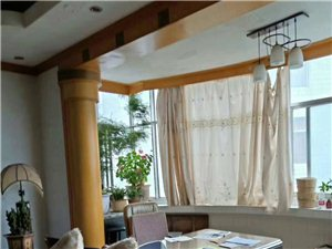 工商小区4室 2厅 2卫125.4万元