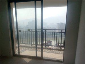 凤山学府3室 2厅 2卫203万元