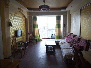 东润风景二期电梯房,三套二家装1333元/月