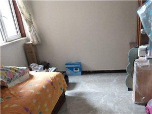 泰和佳园新房3室2厅1卫精装修带储藏室