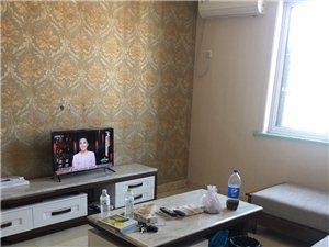 泰和佳园小区3室2厅1卫精装修带储藏室