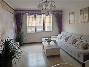 城南公寓4楼2室 2厅 1卫46.6万元