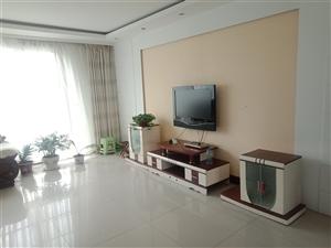同和小区3楼150平精装带家具空调冰1500元/月