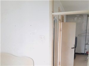 前光里 电梯 不顶2室 1厅 1卫950元/月
