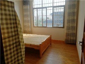 北塔桥2室 1厅 1卫8000元/一年