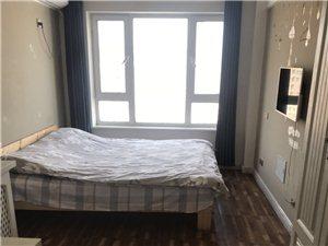 铂金时代1室 1厅 1卫1200元/月